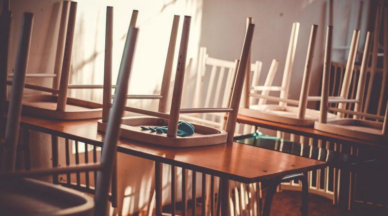Nieuwe schoolstoelen nodig